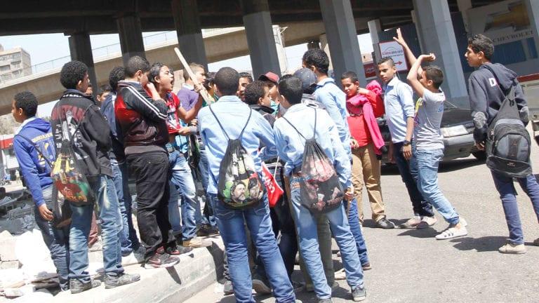 القبض على ثلاثة أشخاص في واقعة الاعتداء على معلم كفر الشيخ