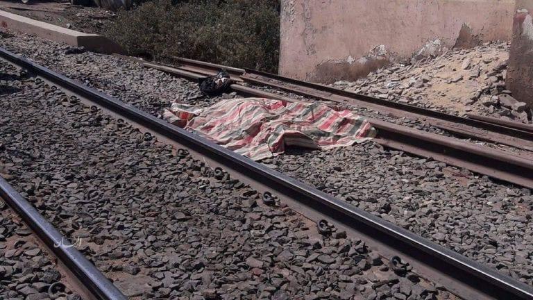مصرع شخص تحت عجلات القطار بالغربية
