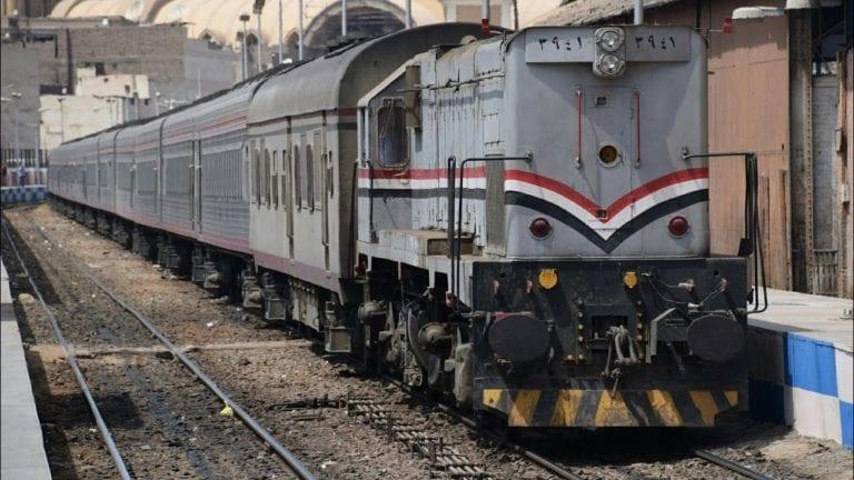 مصرع طالبة دهسها قطار بطوخ أثناء عبورها شريط السكة الحديد