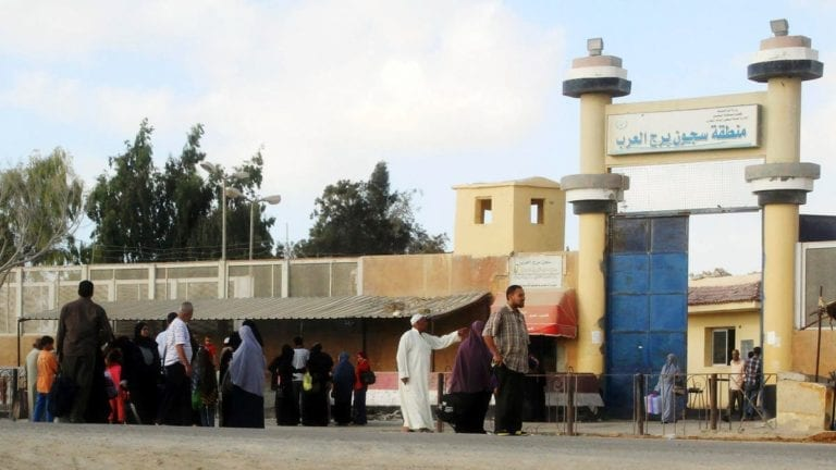 """بعد جولة داخل سجن برج العرب.. أحمد موسى: """"لو في دكر يقرب"""""""