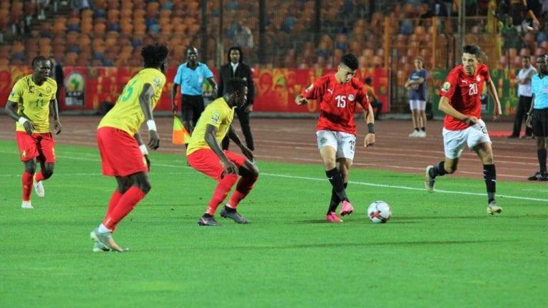 منتخب مصر يتعثر أمام كينيا.. والأوليمبي يحقق العلامة الكاملة