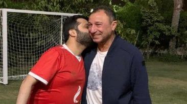 تركي آل الشيخ يزور الخطيب في منزله للاطمئنان على صحته (صور)