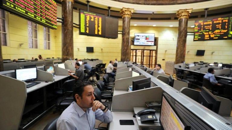 تراجع مؤشرات البورصة وخسارة 1.3 مليار جنيه من رأس المال