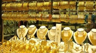 الذهب يرتفع 4 جنيهات وتذبذب أسعار العملات