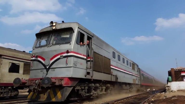 مصرع شاب قفز من قطار طنطا بعد مشادة مع كمساري