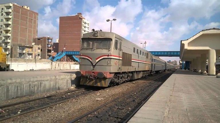 توقيع عقود تصنيع وصيانة لجرارات سكة حديد بتكلفة 466 مليون دولار