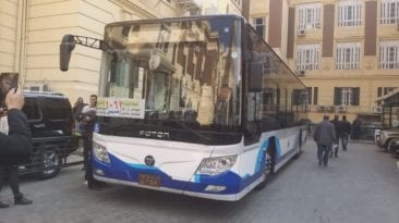 محافظة القاهرة تحتفل بتشغيل أول أتوبيس كهربائي