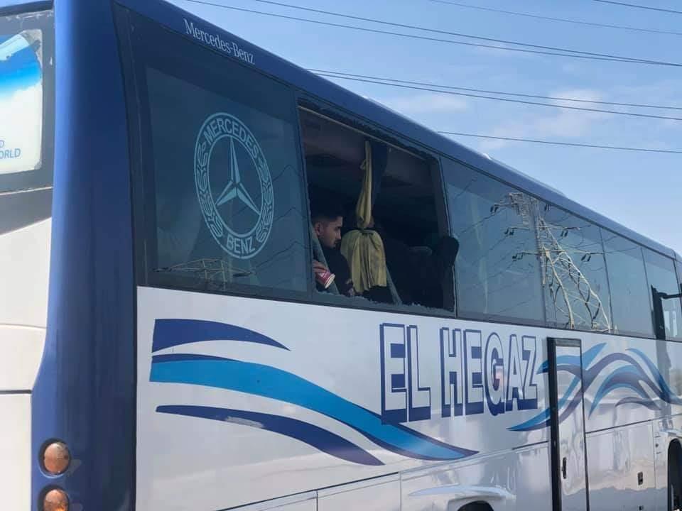 القصة الكاملة للاعتداء على جماهير النادي المصري (صور)