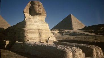 اكتشاف تمثال شبيه أبو الهول
