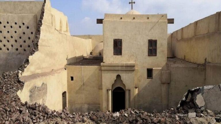 انهيار حائط كنيسة أثرية في المنيا