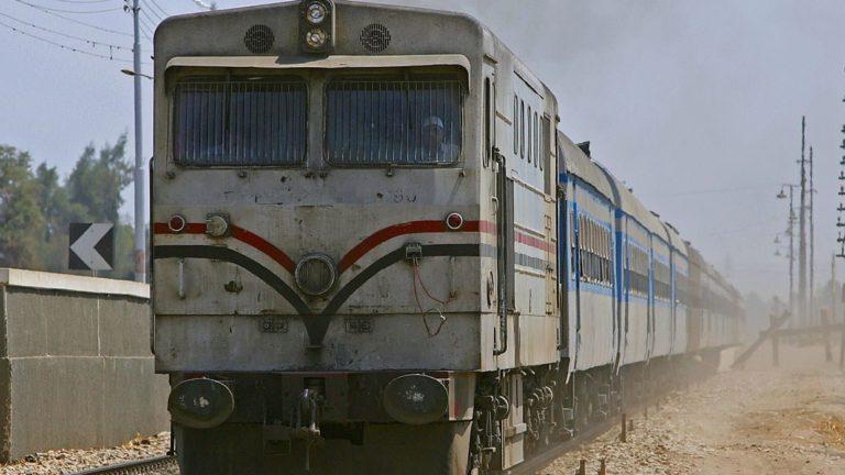 مصرع مواطن بالمعاش تحت عجلات قطار