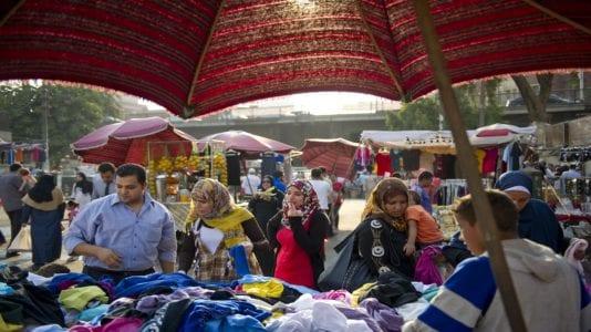 الحصاد: حكم بإعدام شخصين في قتل أمين شرطة بالشرقية.. وركود في سوق الملابس الشتوية