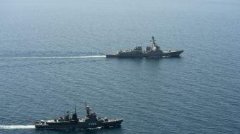 القوات البحرية تنفذ أنشطة قتالية في البحر المتوسط (فيديو)