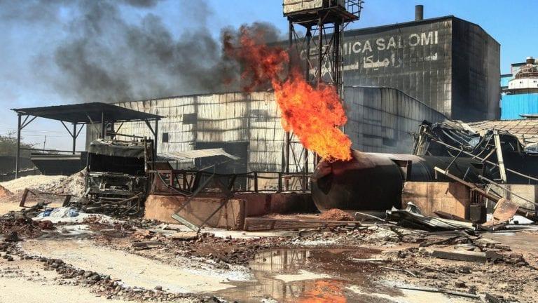 مصرع 4 مصريين في انفجار مصنع سيراميك بالسودان