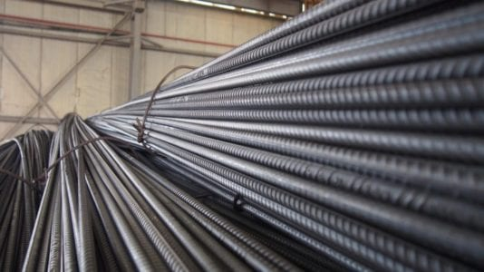 تراجع أسعار الحديد بسبب انخفاض الدولار