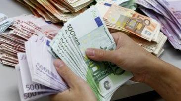 ارتفاع أسعار العملات والذهب اليوم الثلاثاء