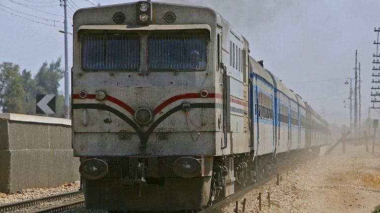 السكة الحديد تنفي رفع أسعار تذاكر القطارات