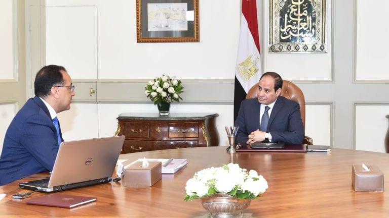 تفاصيل اجتماع الرئيس بعدد من مسئولي الدولة: 3 موضوعات