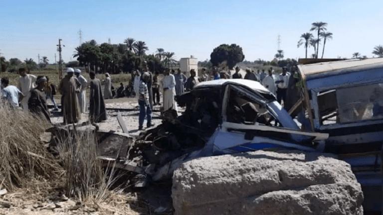 مصرع 17 شخصا وإصابة 29 في حوادث بالمحافظات: تصادم ودهس وحريق