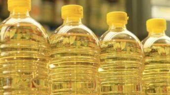 السلع التموينية: شراء 5 آلاف طن زيت خام لسد عجز الإنتاج