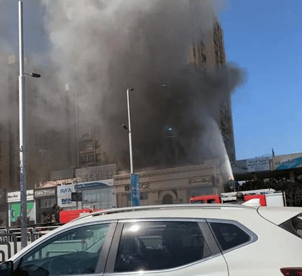حريق في معرض موبيليا