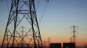 """""""الكهرباء"""" تعلن تفاصيل ربط محطة بنبان 3 بتوشكى.. الموعد والتكلفة"""