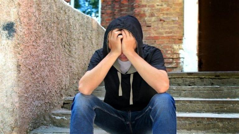 انتحار شابين في كفر الشيخ والمنيا: أزمة نفسية وسبب مجهول