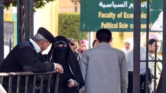 الحصاد: تراجع واردات مصر 4.1%.. وحظر النقاب على عضوات التدريس بجامعة القاهرة
