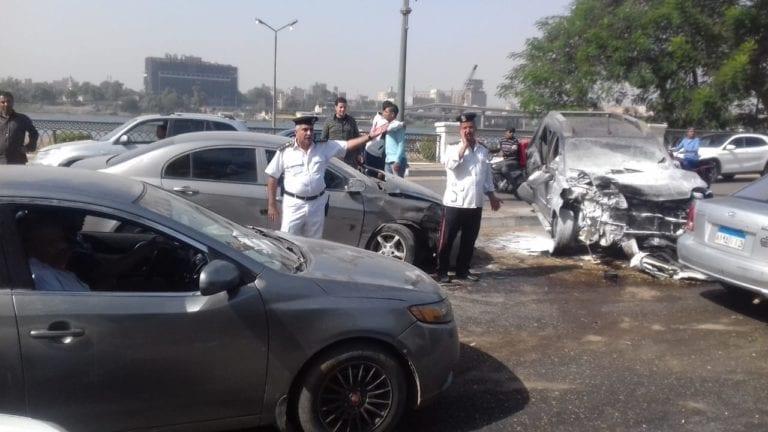 مصرع 6 أشخاص وإصابة 3 آخرين: تصادم وتحت عجلات قطار