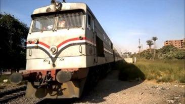 مصرع شخص وإصابة 4 آخرين في حوادث طرق وتحت عجلات قطار