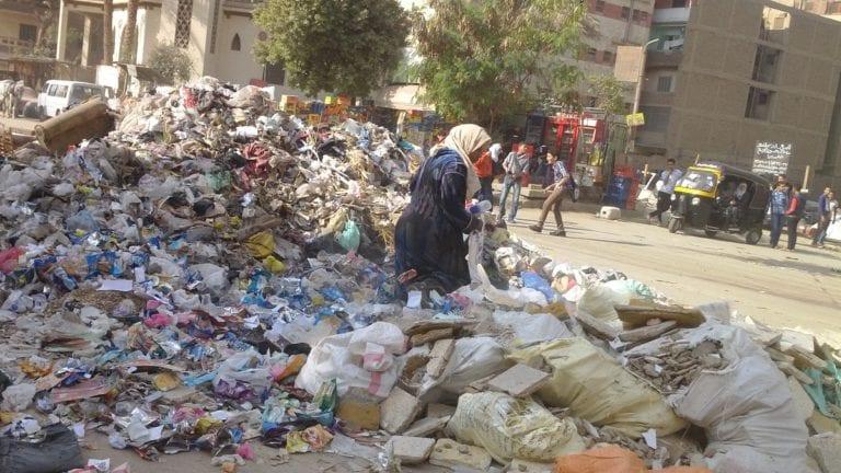 """""""البيئة"""" تحدد رسوم النظافة الجديدة: بحد أقصى 30 جنيها شهريا"""