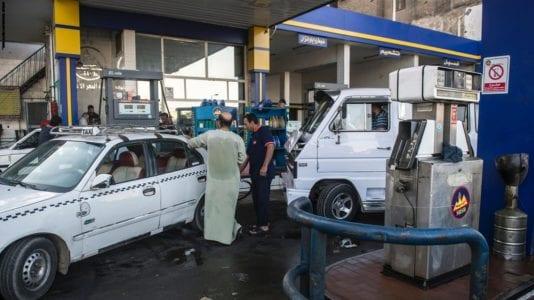توقعات بتغير أسعار الوقود في ظل تراجع الدولار