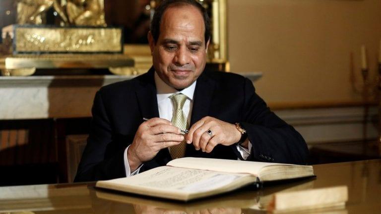 السيسي يوافق على اتفاق قرض بـ14 مليون دولار: تخزين حبوب
