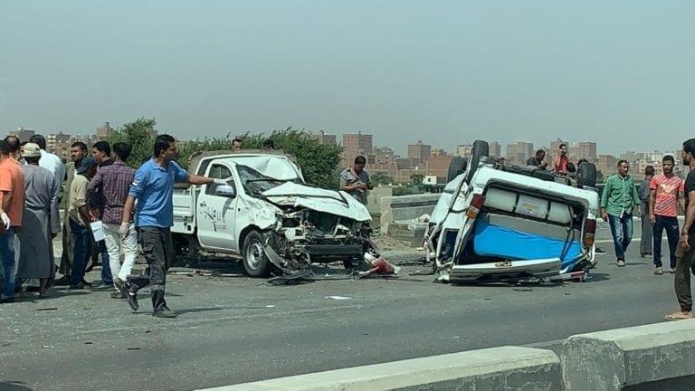 مصرع وإصابة 21 شخصا في حادث تصادم بالمنيا