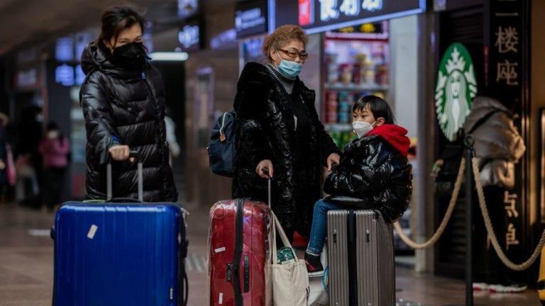 الصحة العالمية: خروج مصابين بفيروس كورونا من مصر قيد التحقيق