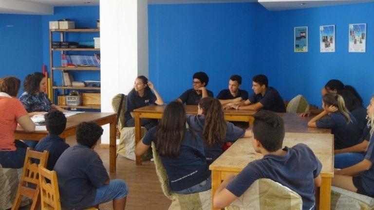 طلاب المدارس الدولية