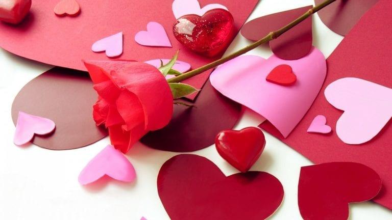 حكم الاحتفال بعيد الحب