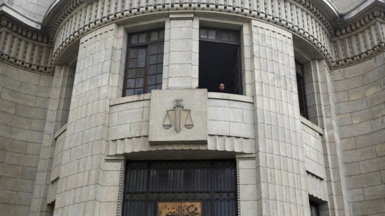 """""""النقض"""" تقرر إحالة أوراق 6 متهمين للمفتي في جريمة قتل وسطو مسلح"""
