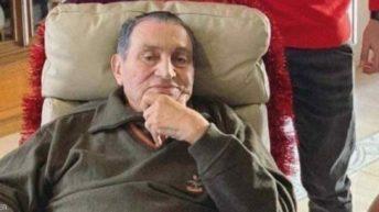 #حسني_مبارك.. شعور بالجميل وشماتة بعد وفاة الرئيس الأسبق
