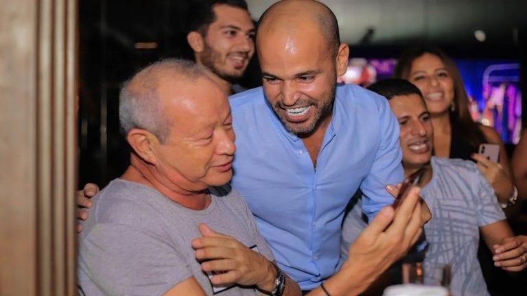 """ساويرس ينتقد منع أغاني المهرجانات: """"مالها بنت الجيران"""""""