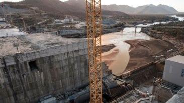مصر توقع على اتفاق سد النهضة