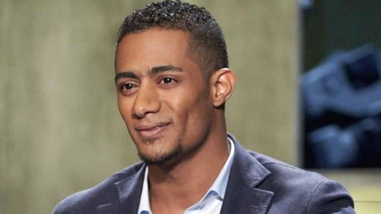 """محمد رمضان يرد على الطيار الموقوف: """"طلب مني 9.5 مليون جنيه"""" (فيديو)"""