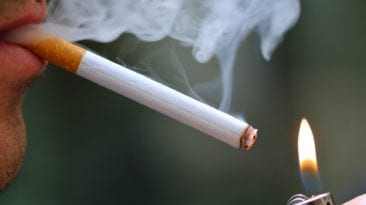 زيادة أسعار السجائر والمعسل بعد موافقة البرلمان على رفع الضريبة