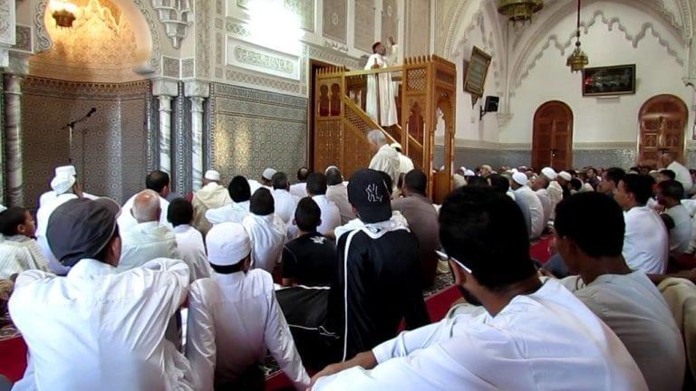 """""""الأوقاف"""" تعلن عن تعيين مدرسي التربية الدينية كخطباء بالمساجد"""