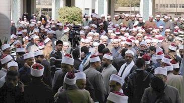 الأوقاف: إيقاف 1500 إمام عن الخطابة وتحويلهم لأعمال إدارية