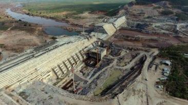 وزير المياه الإثيوبي: نواصل العمل بمفاوضات سد النهضة لتعزيز مصلحتنا