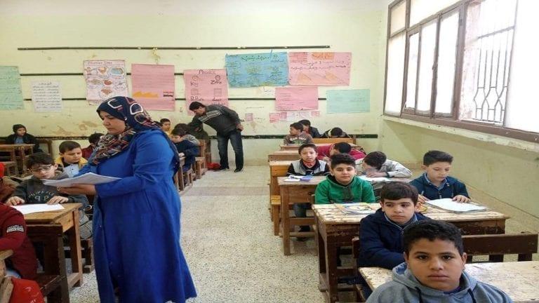 """تنفيذ مبادرة """"امتحان بلا مراقب"""" في مدارس الوادي الجديد.. تفاصيل"""